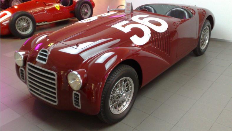 Pierwszy samochód Ferrari - model 125 S