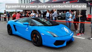 Młody chłopak zdał prawo jazdy w sportowym samochodzie Lamborghini Gallardo. To pierwszy w Polsce zdany egzamin na kategorie B w takim samochodzie.